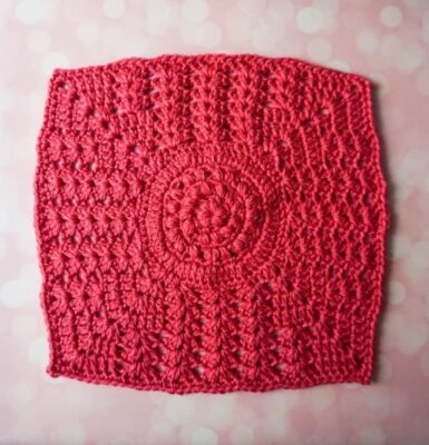 Puffs and Double V-Stitch Square by Marie Segares/Underground Crafter