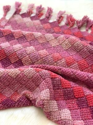 Rose Dreams Entrelac Shawl by Miroslava Mihalkova from Exquisite Crochet UK