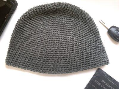 No Drama Men's Beanie by Rose Hudd from Memory Lane Crochet.