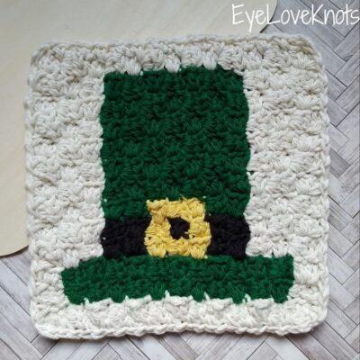 C2C Leprechaun Hat Washcloth by Alexandra of EyeLoveKnots