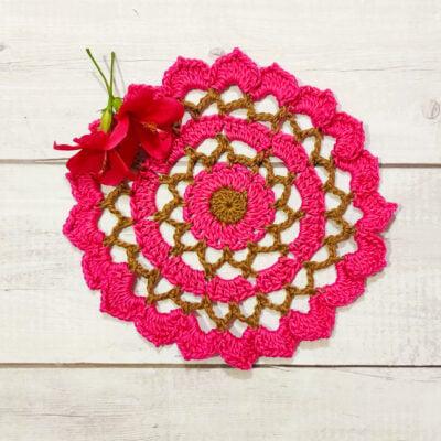 Ruffled Mini Flower Doily by rajiscrafthobby